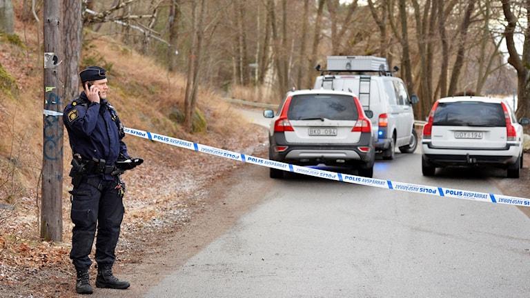 Efter explosionen i Vårby. Foto: Marcus Ericsson/TT.
