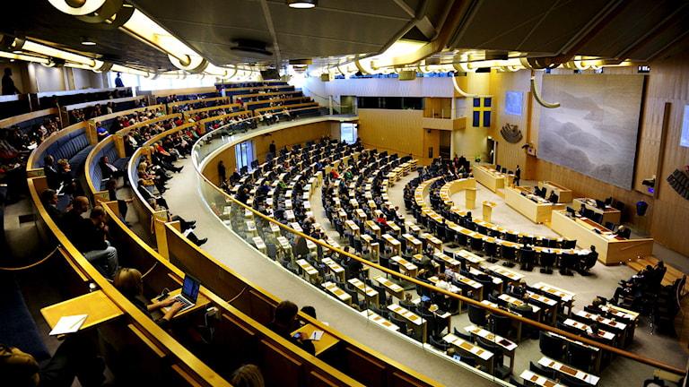 Plenisalen under en tidigare partiledardebatt i Riksdagshuset i Stockholm. Foto: Erik Mårtensson/TT.