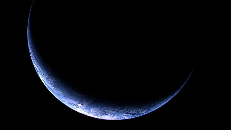 Här vår egen jord, fotad från kometjägaren Rosetta. Foto: ESA/TT.