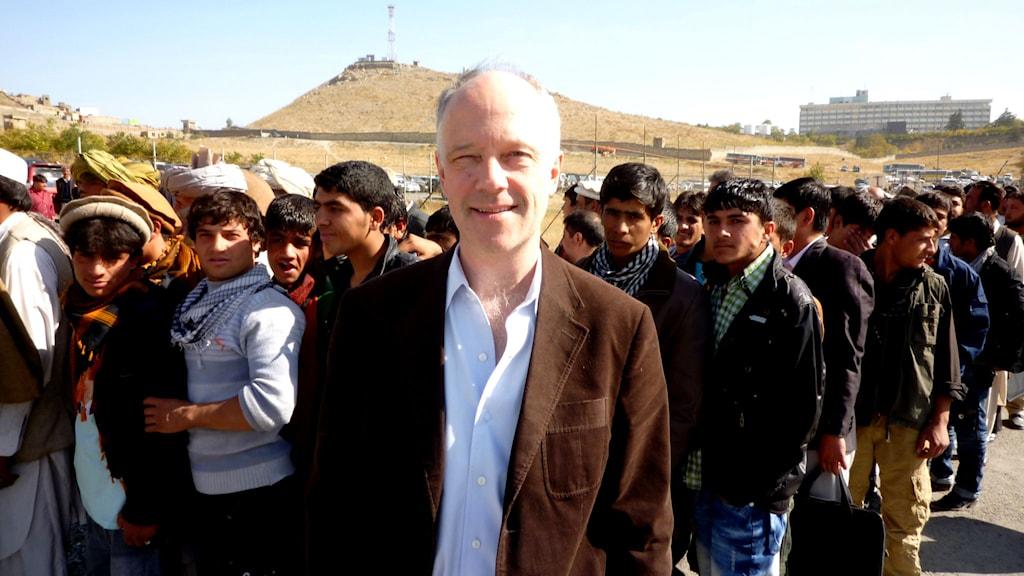 Nils Horner på plats under valet i Afghanistan 2009. Foto: Sveriges Radio.
