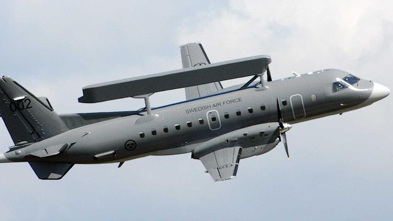 Ett flygplat utrustat med Erieye-systemet som Ericsson sålde till Grekland.