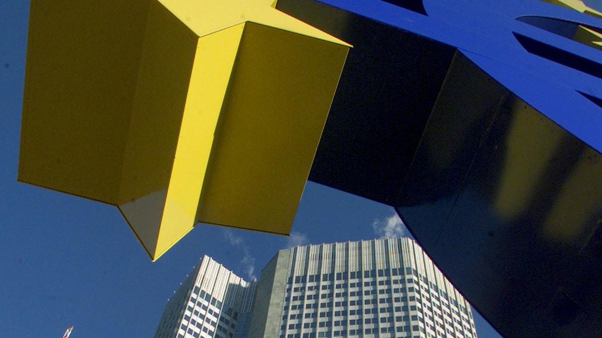 Utanför Europeiska centralbankens huvudkontor i Frankfurt. Foto: Frank Rumpenhorst/AP/TT.