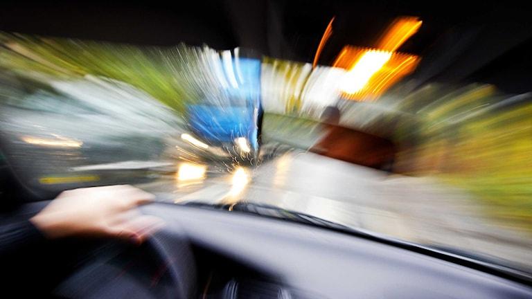 Runt 28 000 människor dör årligen på Europas vägar.