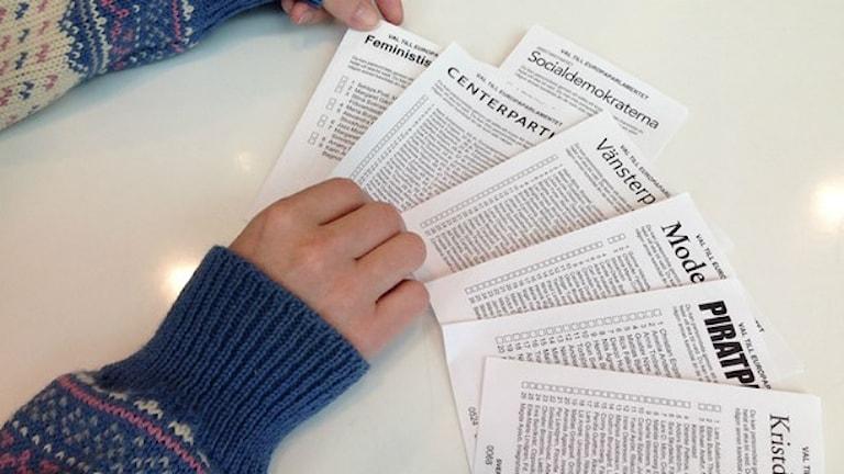 Många kuvert var helt öppna, och vem som helst kunde komma åt valsedlarna, säger röstmottagaren. Foto: Ulf Bungerfeldt/SR