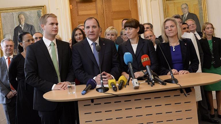 Löfven presenterar den nya regeringen. Foto: Jonas Ekströmer/TT