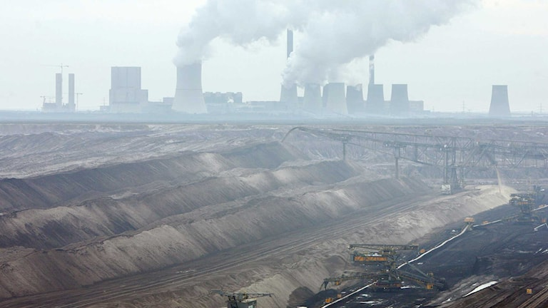 Vattenfalls kraftverk i Boxberg och brunkolsbrottet Nochten. Foto: John Macdougall/AFP/TT