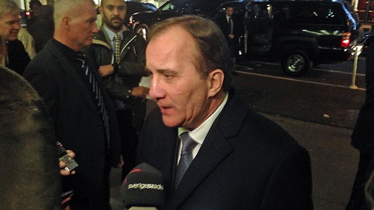 Statsminister Stefan Löfven i kväll/natt just efter att han haft ett möte med Hillary Clinton.