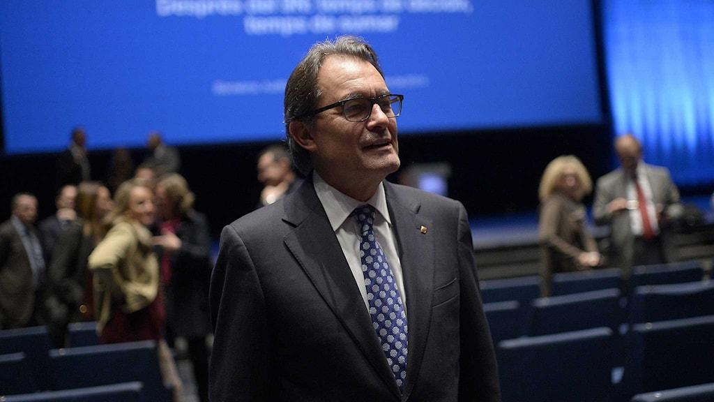 Regionpresidenten Artur Mas presenterar nästa steg i självständighetskampen i Katalonien. Foto: Josep Lago/TT