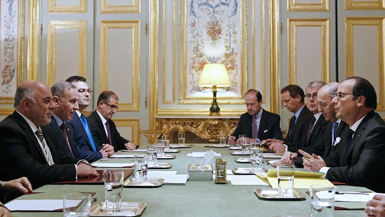 Utrikesministrar på möte i Bryssel. Foto: Yoan Valat/TT.