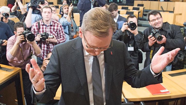 Bodo Ramelow efter segern i delstatsvalet. Foto: Jens Meyer/AP.