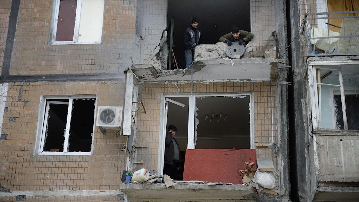 Bombade hus i staden Donetsk i östra Ukraina. Foto: ERIC FEFERBERG/TT