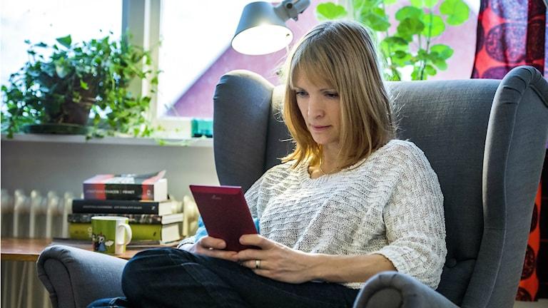 Utbudet av e-litteratur är smalt, menar forskaren Ann Steiner. Foto: Claudio Bresciani / SCANPIX / TT.