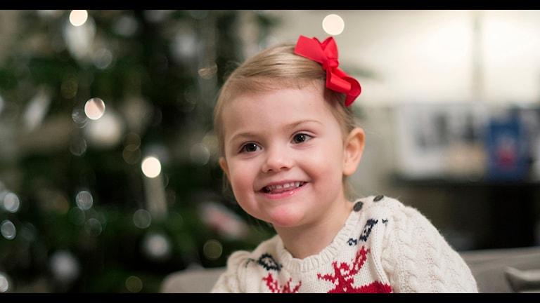 Prinsessan Estelle julstökar på Haga. Foto: Kate Gabor/Kungahuset.se
