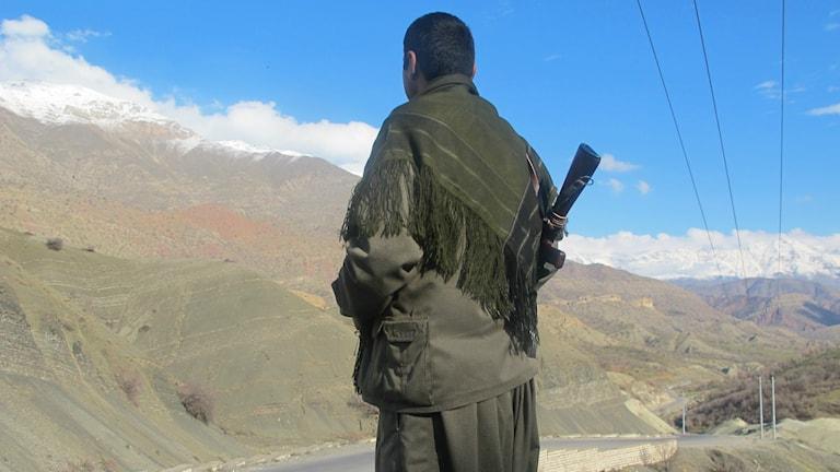 En PKK-soldat i Qandilbergen