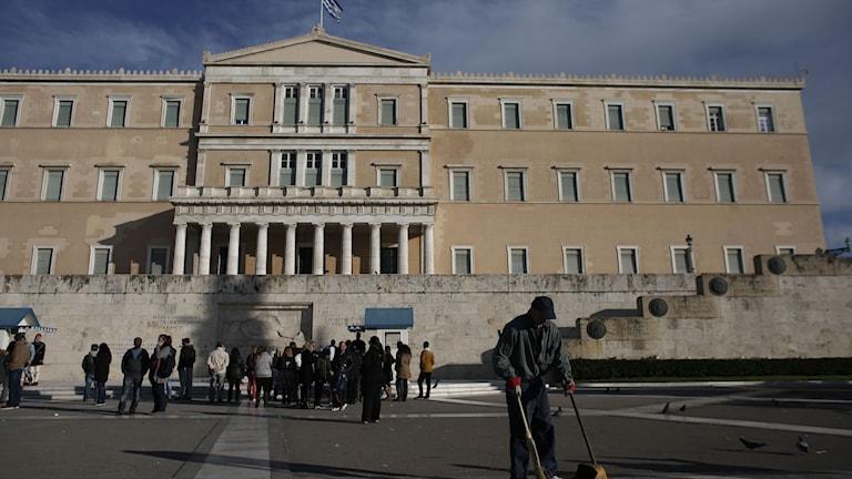 Greklands parlamentsbyggnad. Foto: Kostas Tsironis/TT.