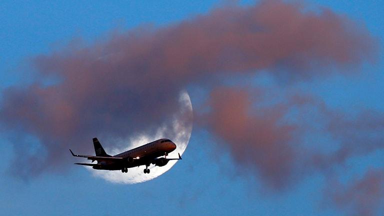Indonesien, flygplan