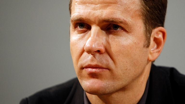 Fotbollsstjärnan Oliver Bierhoff är en av ett stort antal kända tyskar som skrivit under uppropet som ifrågasätter Pegidas fientlighet mot muslimer i landet. Foto: Frank Augstein/TT
