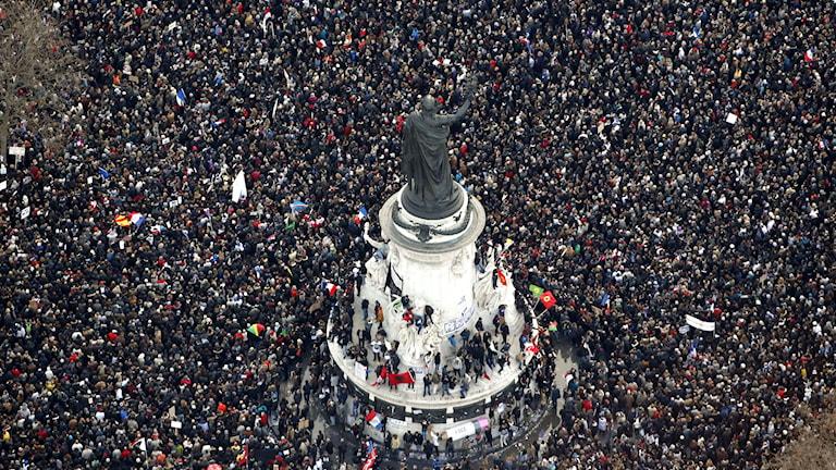 Manifestationen vid Place de la Republique i Paris. Foto: TT ta19b222