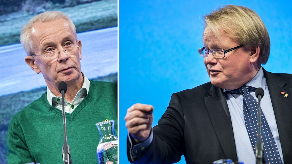 Delad bild: ÖB Sverker Göransso och försvarsminister Peter Hultqvist. Foto: Pontus Lundahl/TT.
