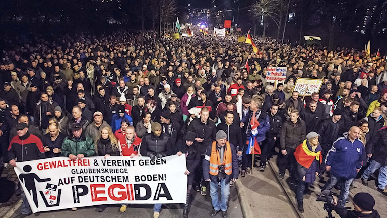 En Pegida-marsch i Dresden i December. Foto: Jens Meyer/TT