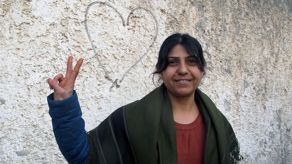 Sozdar Hevi är politiker i kurdiska partiet PYD men deltog i striderna i Kobane. Foto: Katja Magnusson, Sveriges Radio