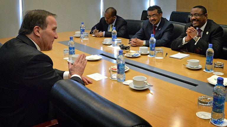 Stefan Löfven i samtal med Etiopiens premiärminister Hailemariam Desalegn (till höger). Foto: TT
