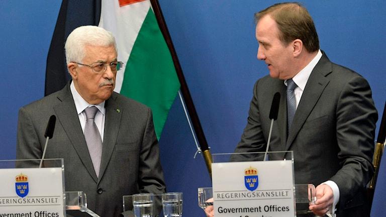 Palestinas president Mahmoud Abbas och statsminister Stefan Löfven håller en gemensam pressträff på Rosenbad i Stockholm. Foto: Jonas Ekströmer/TT.