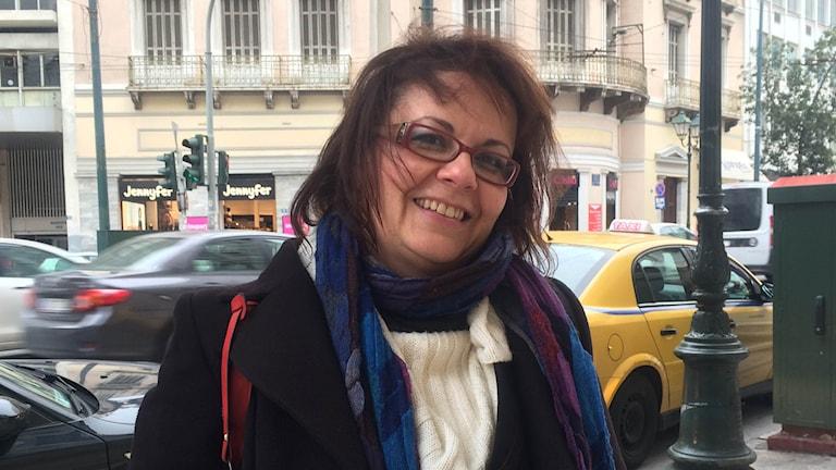Advokaten Aggeliki röstade visserligen inte på Syriza men stöder den nya regeringen i förhandlingarna med EU. Foto: Johanna Melén/Sveriges Radio.
