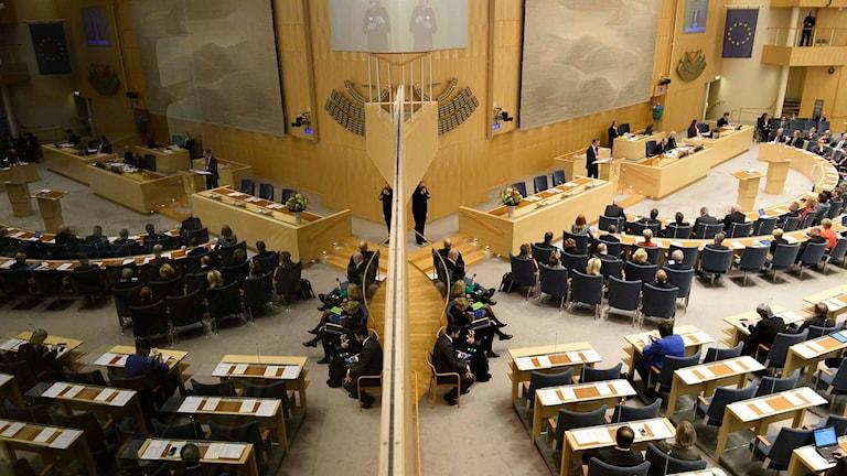 Riksdagspartierna kan tvingas byta infallsvinkel på sitt partibistånd till andra länder. Foto: Anders Wiklund/TT.
