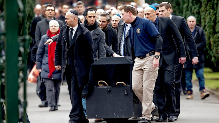Begravning av den judiske man som sköts ihjäl vid terrordådet mot en synagoga i Köpenhamn i Danmark. Foto: TT