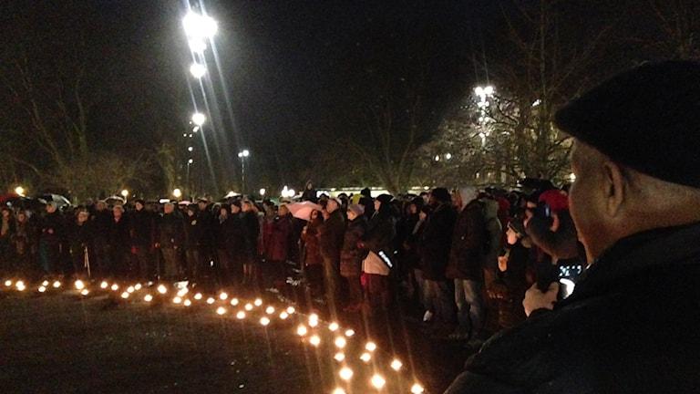 Ljusmanifestation i samband med kippavandring i Malmö. Foto: Josefin Modig / Sveriges Radio