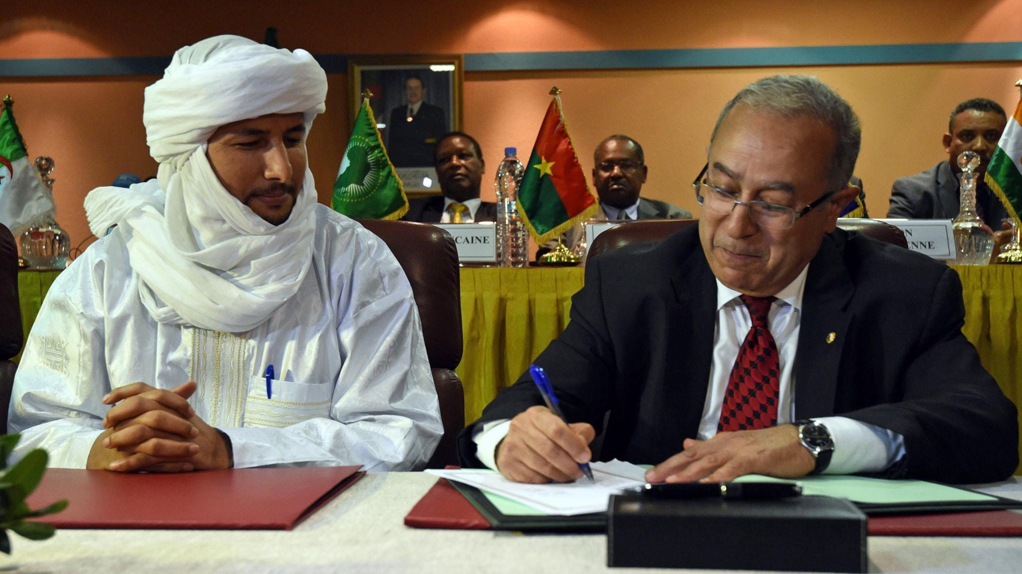Fredsavtal undertecknat i mali