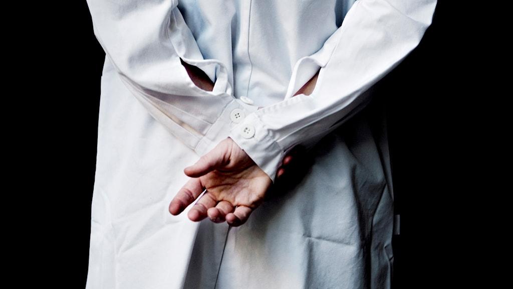 Svenska läkare kontrolleras inte regelbundet som sina europeiska kollegor. Foto: Cleis Nordfjell/TT.