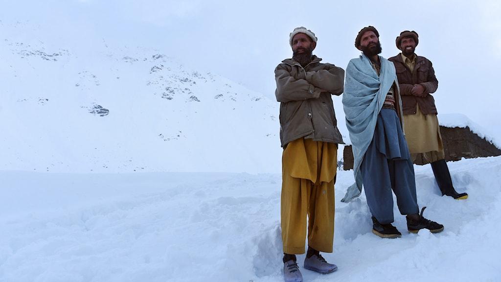afghanistan lavin snö
