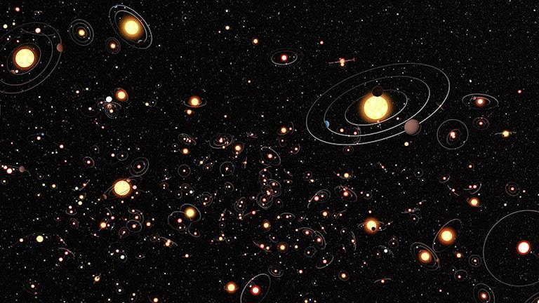 En del av Vintergatan med stjärnor som omcirklas av planeter. Enligt nya rön är det mer regel än undantag att stjärnorna i vår galax har planeter. Foto: ESO