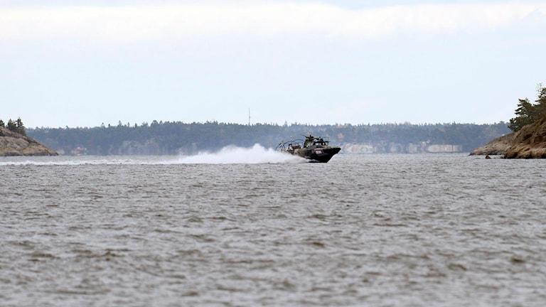 En stridsbåt 90 på Nämdöfjärden i Stockholms skärgård.