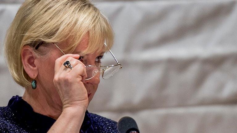 Margot Wallström, (S) utrikesminister, utfrågas om deklarationen om Palestina i Regeringsförklaringen i riksdagens konstitutionsutskott. Foto: Nora Lorek/TT.