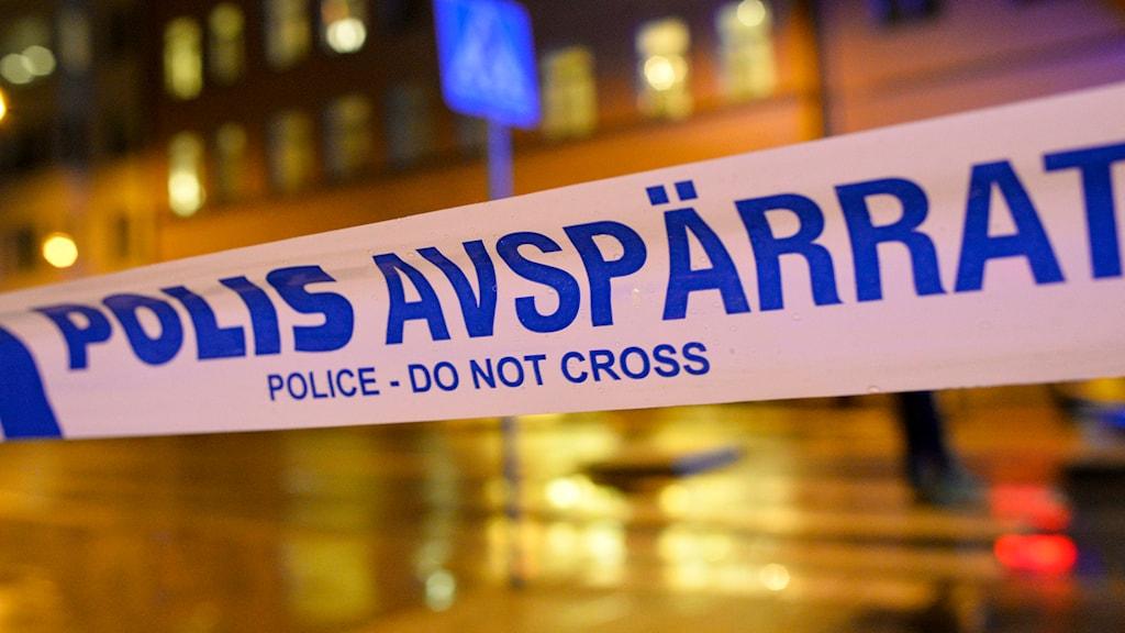 Avspärrningsband stad kväll Foto: Johan Nilsson TT