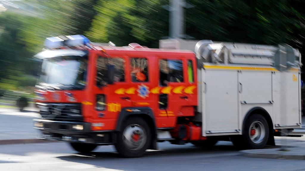 Brandbil under utryckning. Foto: Bertil Ericson /TT