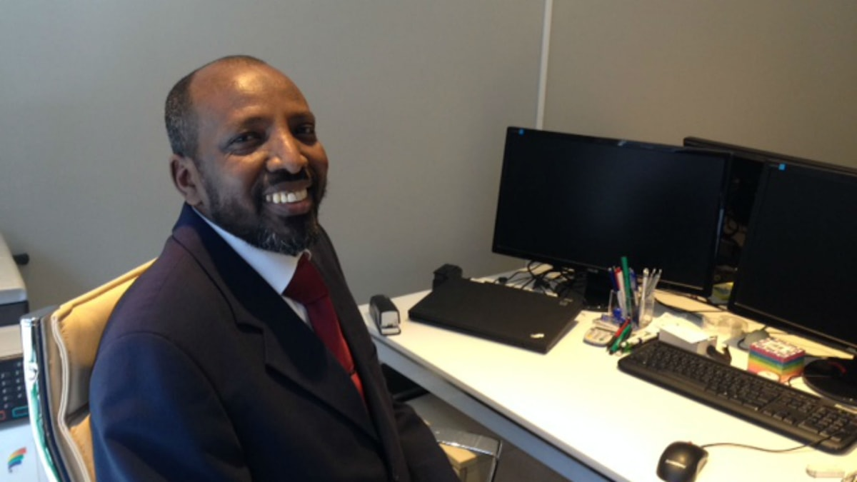 Det finns ett stort behov en islamisk räntefri bank i Sverige anser affärmannen Bashir Aman som har lämnat in en ansökan till Finansinspektionen. Foto: Johan Prane/Sveriges Radio.