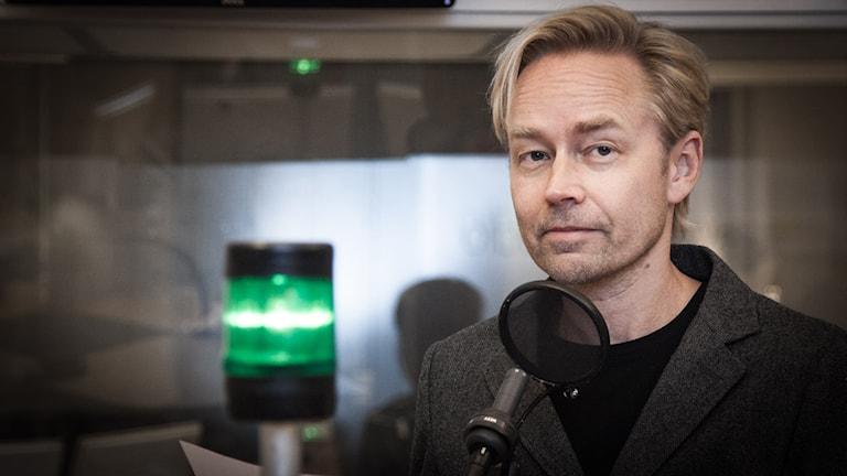 Fredrik Furtenbach, inrikespolitisk kommentator på Ekot. Foto: Pablo Dalence/Sveriges Radio.