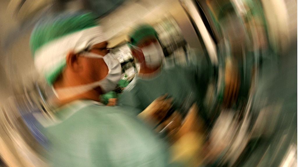 Operationspersonal på sjukhus. Foto: Jack Mikrut/TT