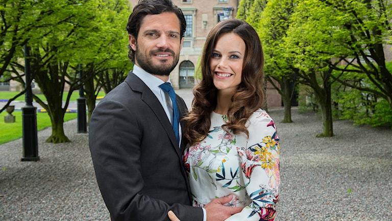Prins Carl Philip och Sofia Hellqvist. Foto: Jonas Ekströmer / TT