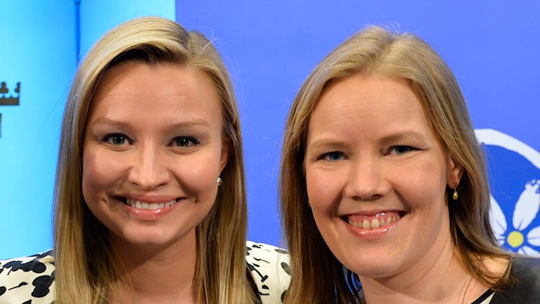 Ebba Busch Thor och Emma Henriksson. Foto: Henrik Montgomery/TT