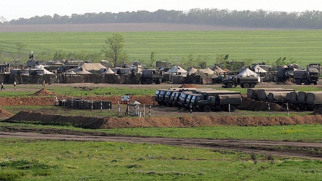 Rysk militär genomför en övning nära gränsen till Ukraina. Foto:TT.