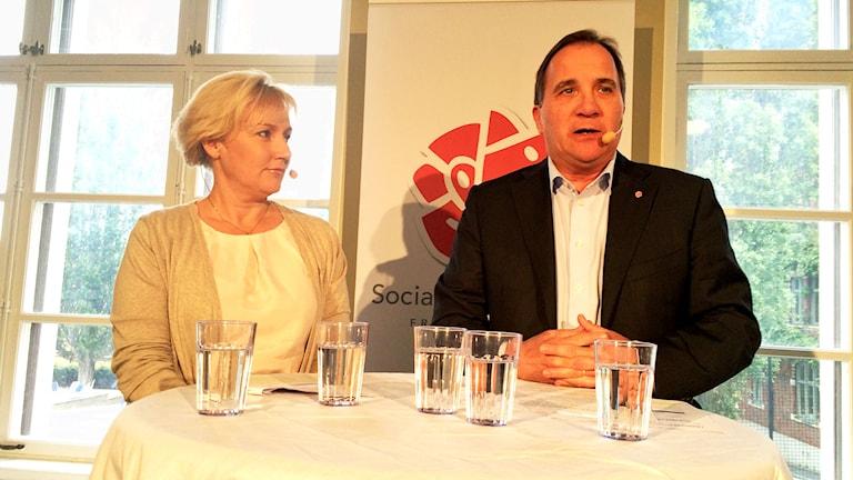 Helene Hellmark Knutsson and Stefan Löfven. Photo: Fredrik Furtenbach/ Sveriges Radio.
