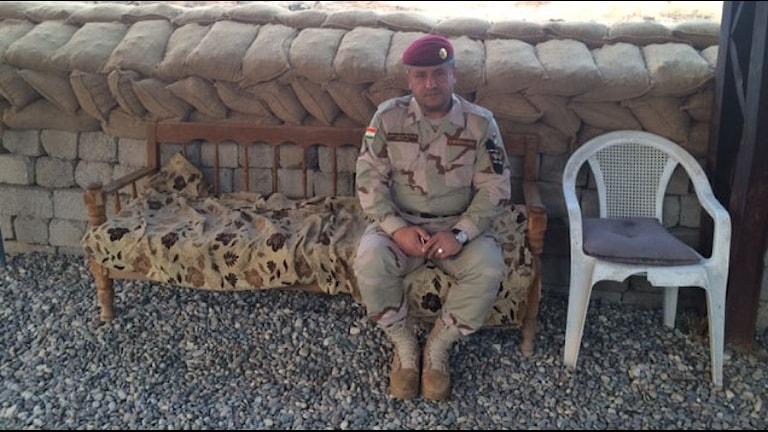 Generalen Tareq Hereni, vid peshmergabasen i Telsqoff. Bild: Nivette Dawod/SR