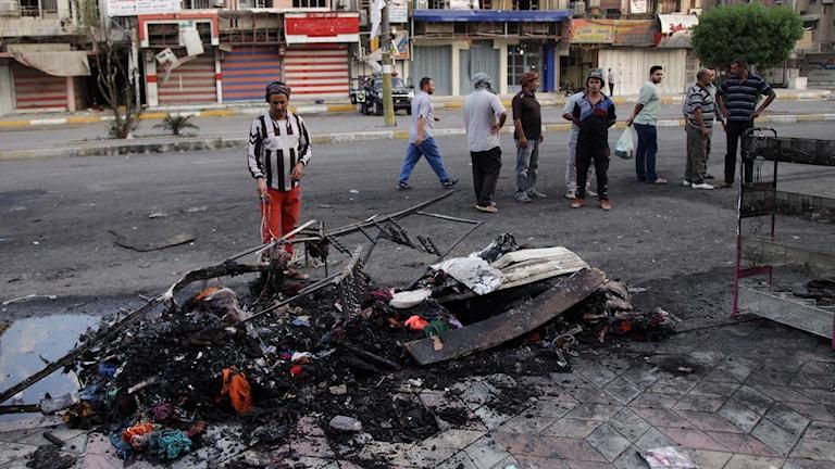 Skador efter bomben. Foto: Khalid Mohammed/TT
