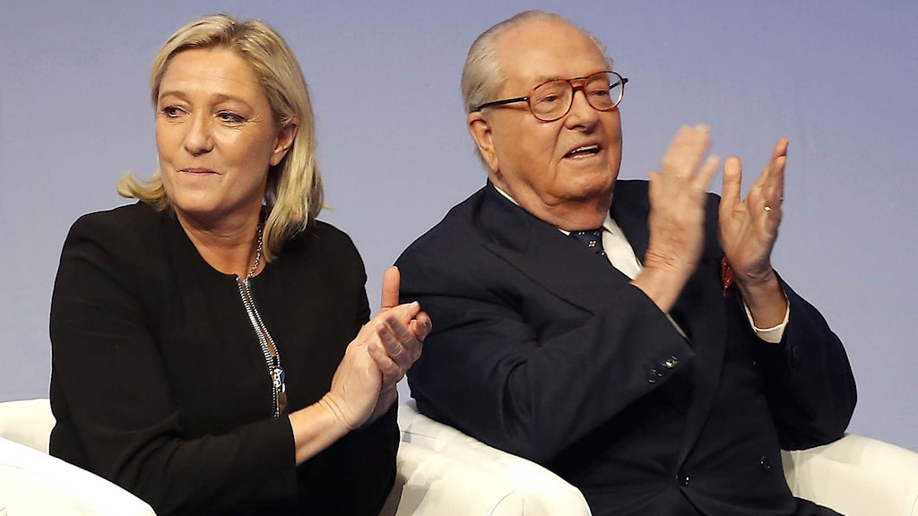 Marine Le Pen och Jean Le Pen. Foto: Laurent Cipriani/TT.
