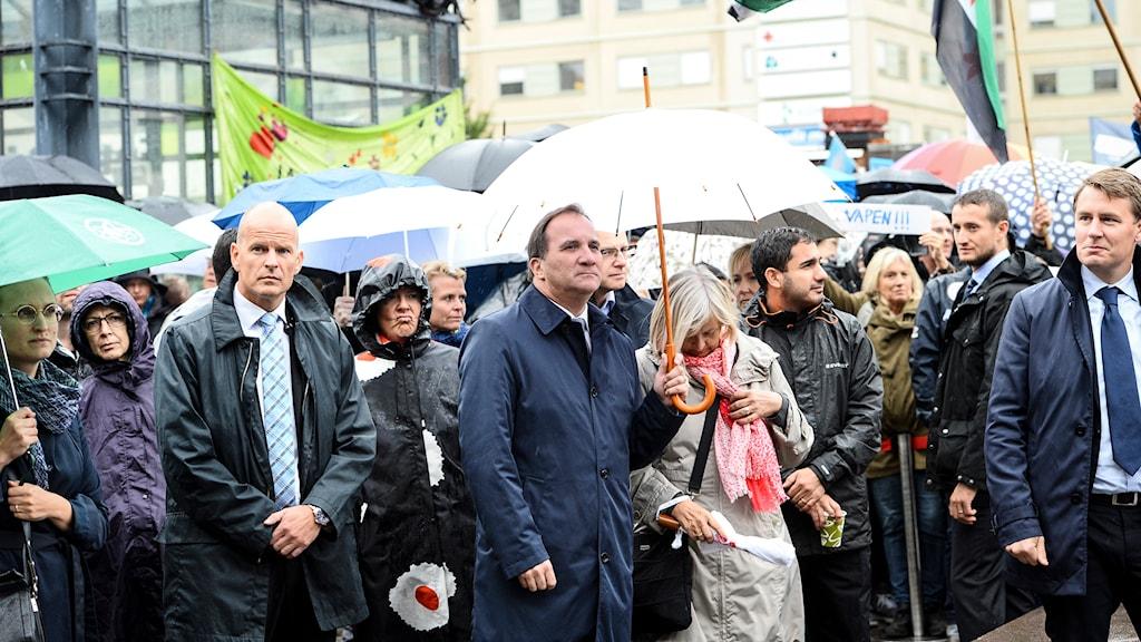 "Prime Minister Stefan Löfven (S) at the ""Refugees Welcome"" demonstration in Stockholm. Photo: Maja Suslin/TT"